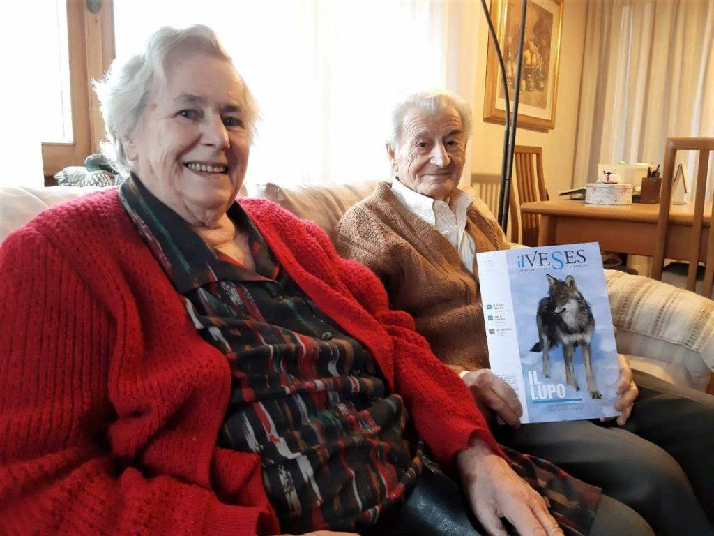 Nonno-Angelo-e-Nonna-Carmen-con-il-Veses